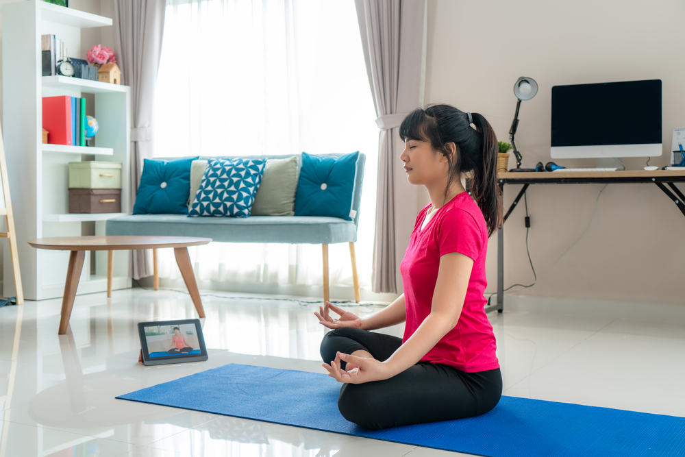 Why Remote Workers Should Practice Yoga at Home